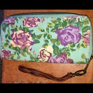 Target - floral 100% cotton wallet w/ wristband